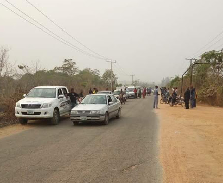 Photos: One killed as armed robbers attack passengers, motorists along Auchi-Benin road