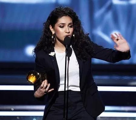 Grammy?President,?Neil Portnow?defends lack of female winners