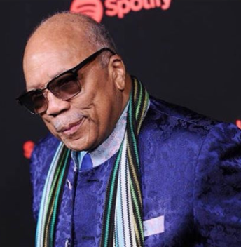 Quincy Jones, 84, says he has 22 girlfriends and they all know about each other