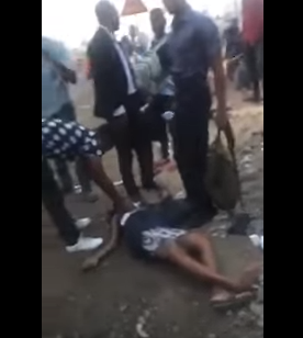 Pregnant Nigerian lady collapses after she