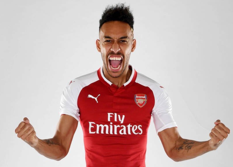 Arsenal sign Borussia Dortmund striker, Pierre-Emerick Aubameyang for club record £56m