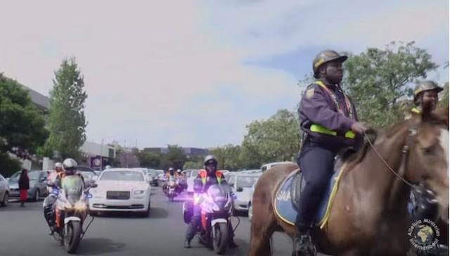 Trending video: Pastor makes grand entrance into his church in convoy of a Rolls Royce, Horses and police outriders
