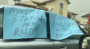 Taxify drivers stage a 'drivers not rapist' protest in Lagos (photos)