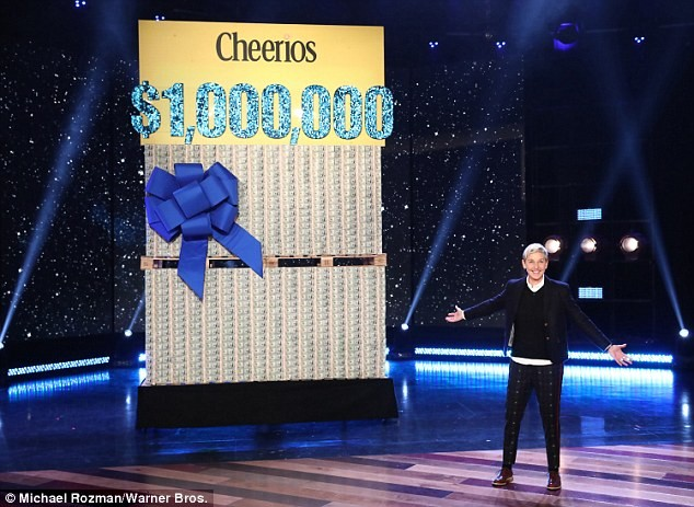 Ellen Degeneres gives away $1 Million to her audience members and their reaction is mind-blowing (Photos)