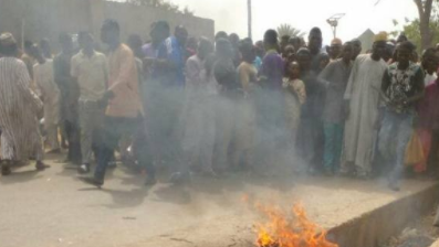 Suspected motorcycle thief burnt to death in Kebbi(graphic photos)