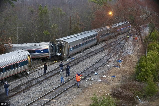 2 killed, 116 hurt after Amtrak train crashed into stationary freight train in South Carolina