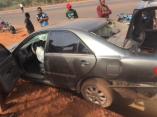 Man mourns his friend who died while driving his car on his birthday in Edo state