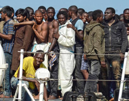 Thousands of African migrants?in Israel choose to be jailed instead of getting deported