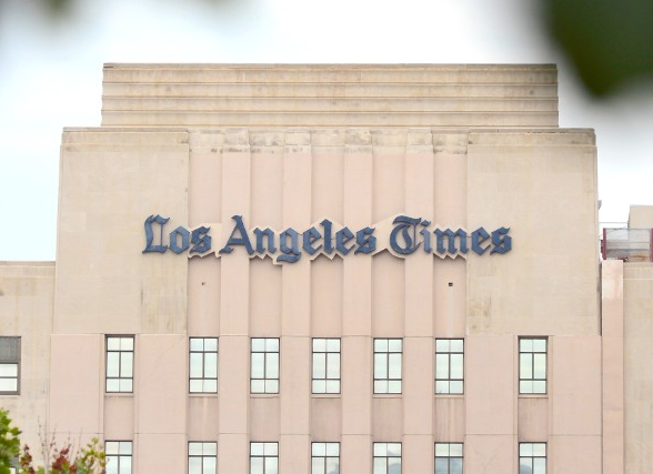 Owner of the Los Angeles Times has reached a deal to sell the paper to billionaire, Patrick Soon-Shiong for $500 million