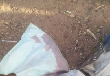 Photos: Dead baby found on the expressway in Kaduna