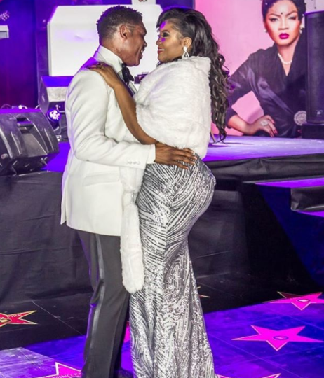 This photo of Omotola and her hubby, Captain Matthew Ekeinde is so lovely!