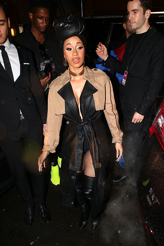 Cardi B sparks pregnancy speculation at the New York Fashion Week (Photos)