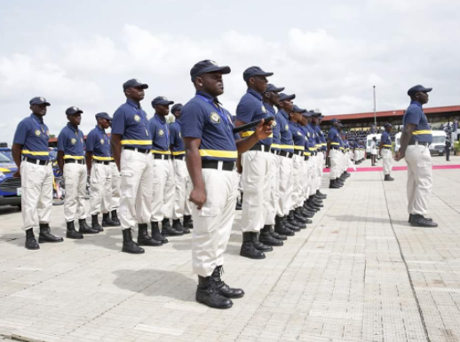 Lagos Neighbourhood Safety Corps?arrest?six members of a gang of Pick-Pockets