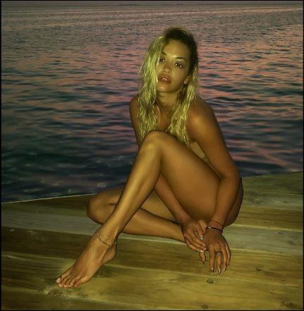 Rita Ora poses nude as she relaxes at a beach in Maldives (Photos/Video)