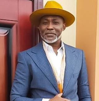 ''Don't look for anybody to complete you. You are complete on your own''- RMD writes to single men and women this Valentine day