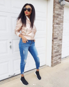 Yomi Casual's wife flaunts her post-baby body 3 weeks after her daughter's birth in beautiful new pics