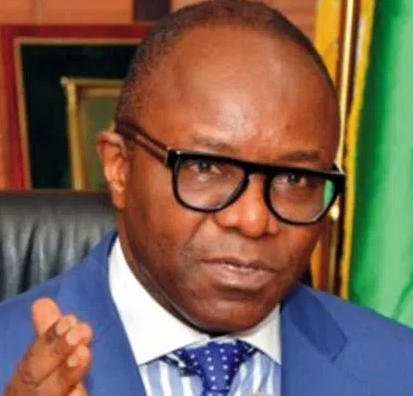 ''Clear fuel queues before Sunday'' Ibe Kachikwu tells NNPC