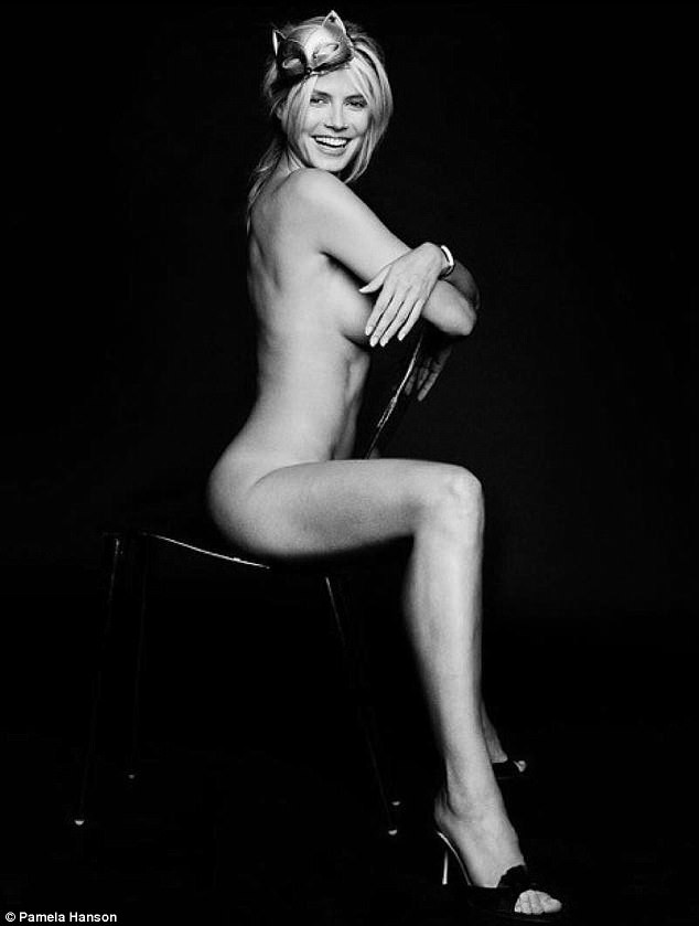 Supermodel Heidi Klum shares nude photos of herself from 2001?