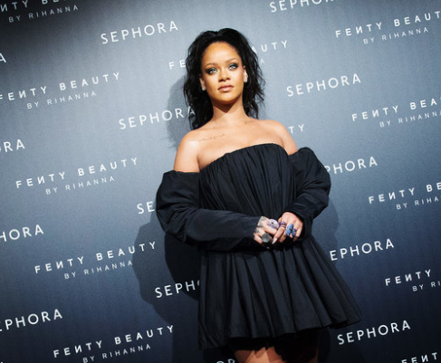 Rihanna becomes the first-ever artist to earn eight number ones from one album in the history of Billboard