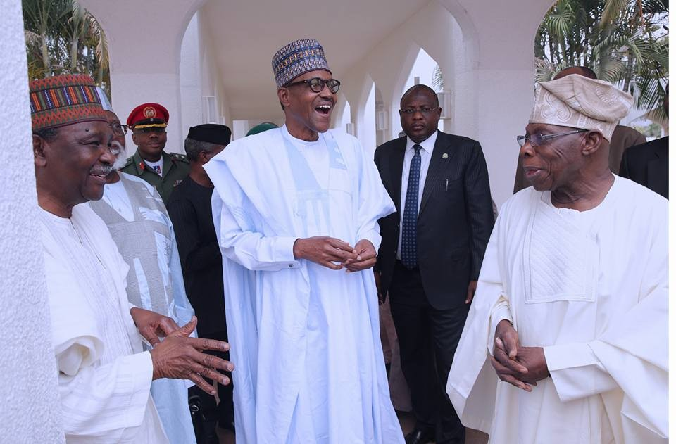 Photos: President Buhari chats?with former heads of state after the National Council of State meeting in Abuja