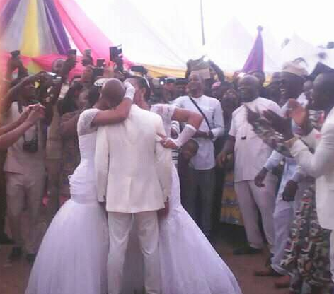 Photos: Nigerian man weds two women inside the same church in Abia