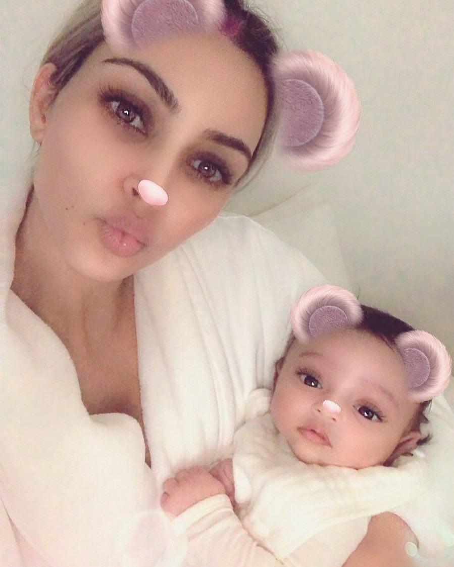 Kim Kardashian shares beautiful first photo of her newborn daughter, Chicago