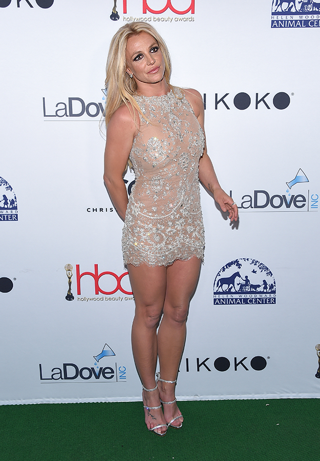 Is Britney Spears really 36? See new photos of her...