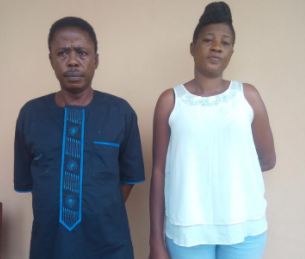 Photos: EFCC arraigns two swindlers for fraud
