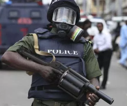 Policemen kill man during an argument over parking space in Ibadan