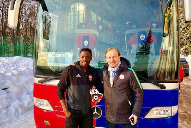 Ahmed Musa shower praises on Super Eagles coach Gernot Rohr as he pays him a visit in Russia (Photos)