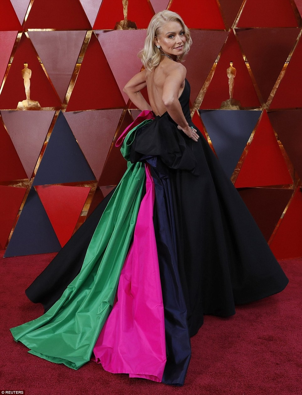 Here are the worst-dressed celebrities at the Oscars award (Photos)