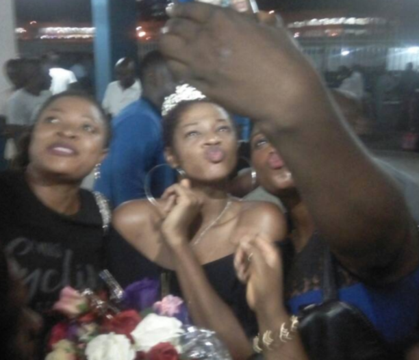 Photos: Fans troop out to welcome #BBNaija housemate, Ahneeka as she arrives Lagos