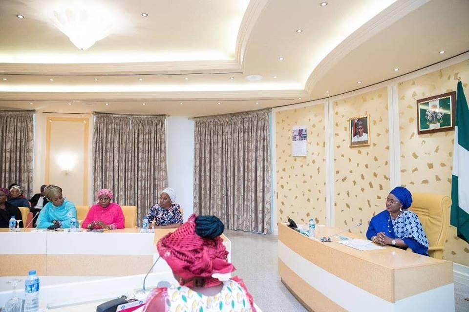 2019: Aisha Buhari meets APC women leaders(photos)