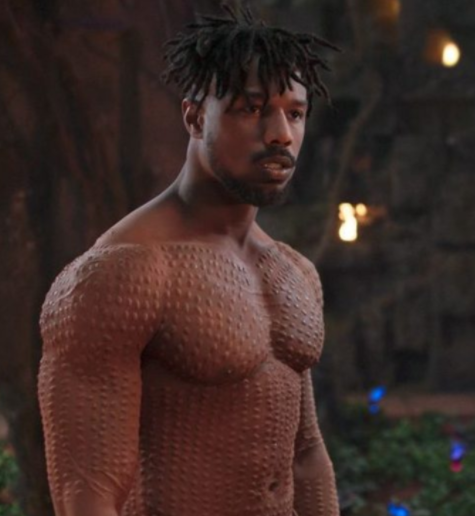 Michael B Jordan gets in touch with girl after her dentist tweeted that she broke her retainer while watching the actor go shirtless in Black Panther