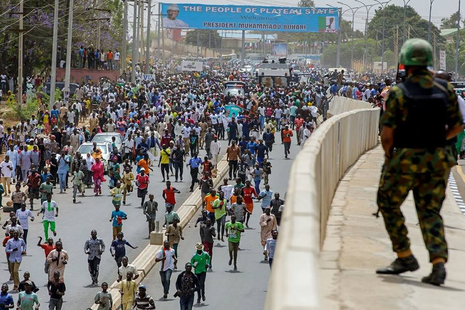 Presidency releases photos showing the crowd that came out to welcome President Buhari in Plateau today