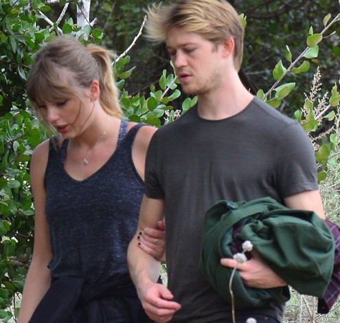 Low-key lovers Taylor Swift and her boyfriend Joe Alwyn spotted together for first time in 2018 (Photos)