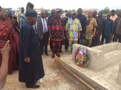 Photos: Ex-President Olusegun Obasanjo visits graveyard of 73 Benue victims