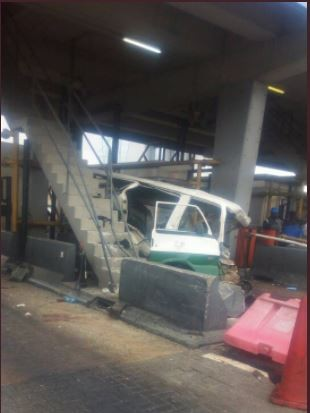 Photos: Sunday morning accident at Lekki Toll Gate leaves several people badly injured (Photos)
