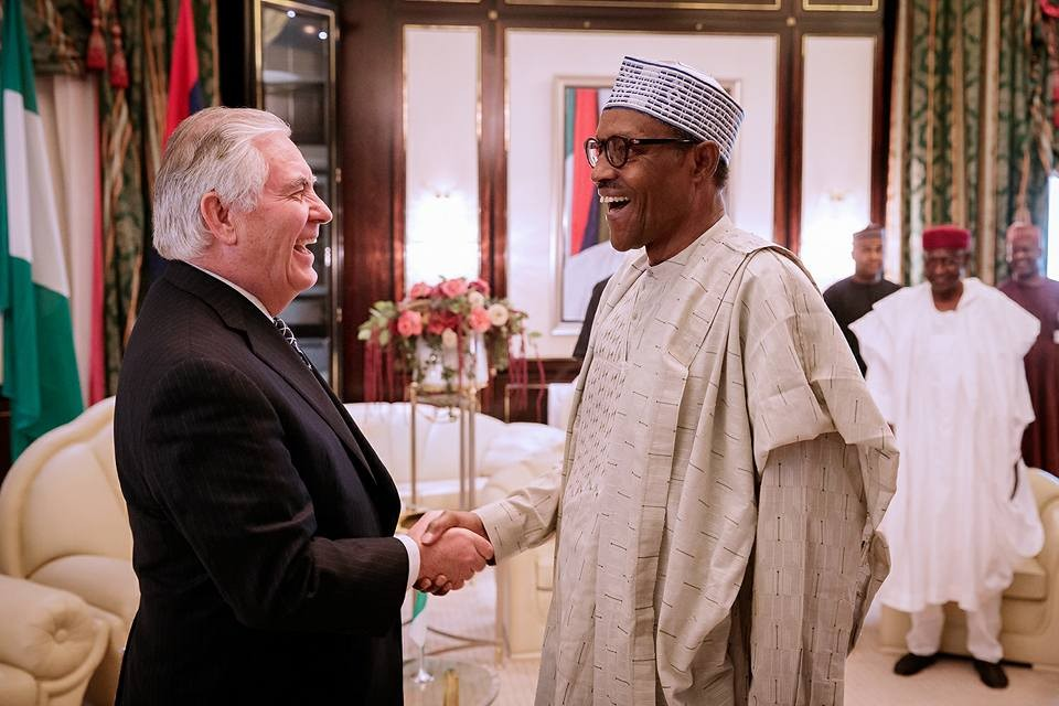 President Buhari all smiles as he?receives?U.S. Secretary of State Rex Tillerson in Abuja (Photos)
