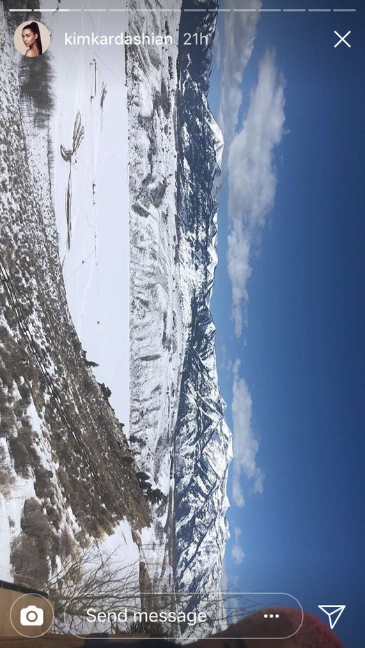 Kim Kardashian visits her husband Kanye West in ski resort town of Jackson Hole (Photos)