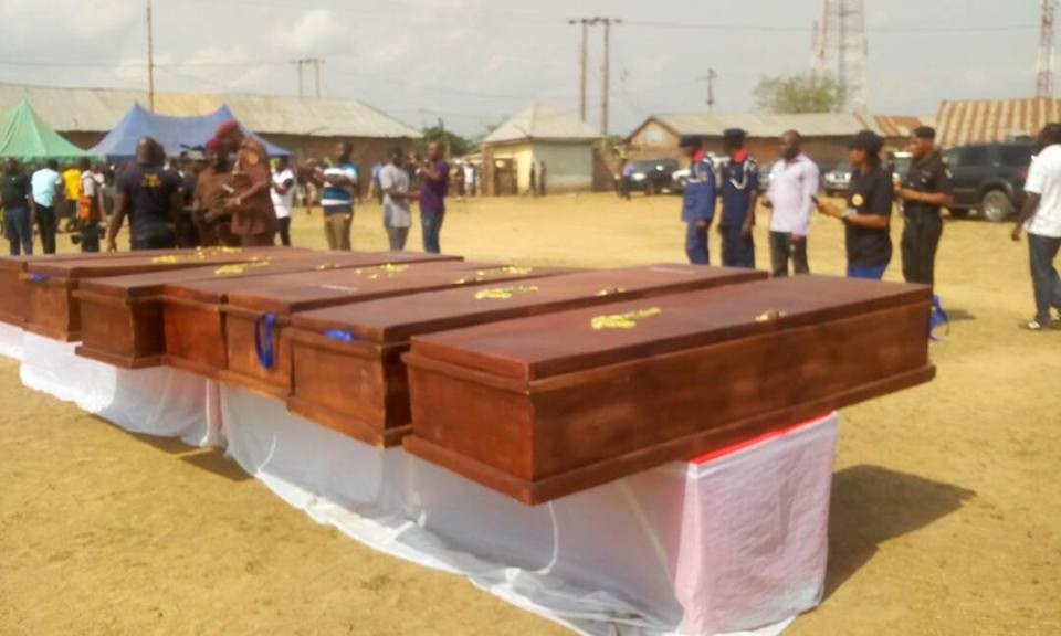 Photos from the burial ceremony of 26 Benue residents killed in fresh herdsmen attack