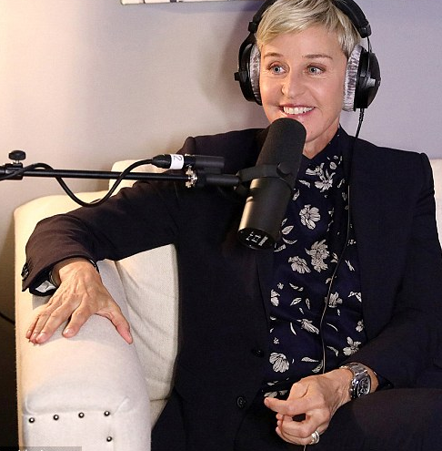 Ellen DeGeneres says she suffered from depression after publicly coming out as gay?and reveals Elton John