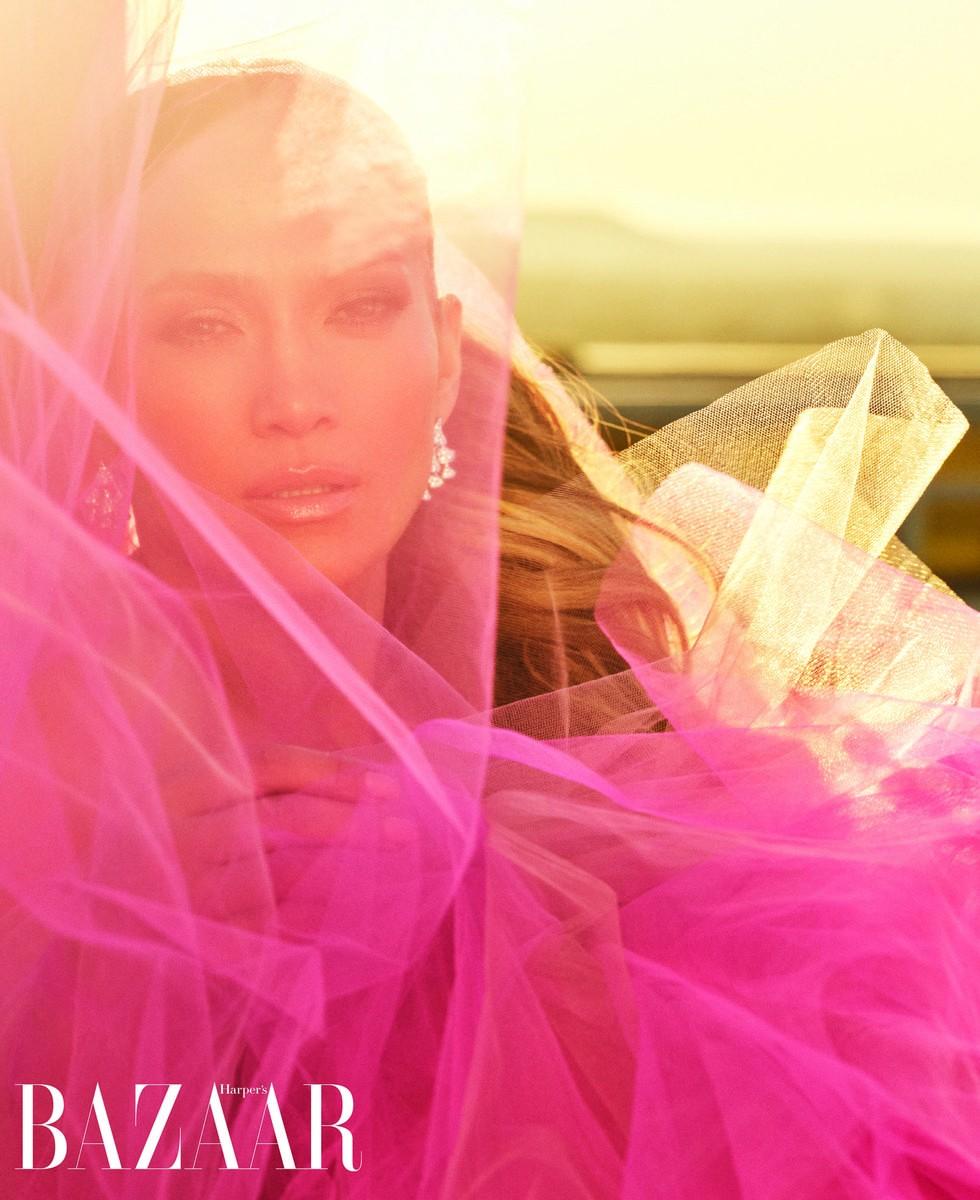 Jennifer Lopez reveals sexual harassment experience in Harper