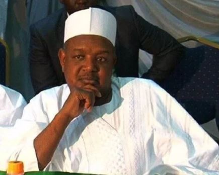 Kebbi State Government marries off 100 widows and?divorcees in mass wedding