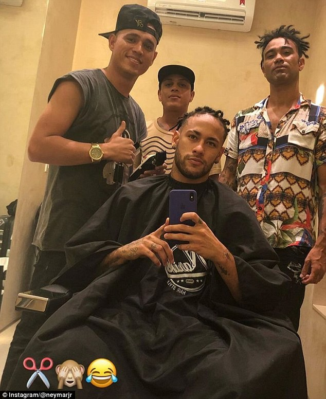 Neymar debuts new hairstyle, goes on dreadlocks (Photos)