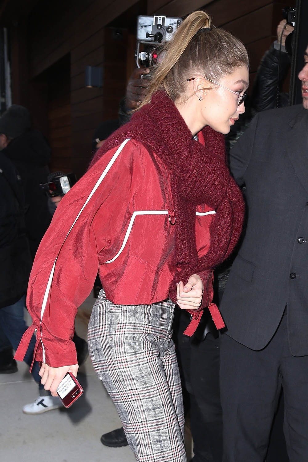 Photos: Gigi Hadid spotted with mental health warning sticker on her phone after Zayn Malik split?
