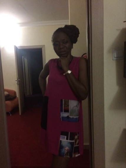Outrage as woman is refused entrance into Central Bank of Nigeria, Abuja for wearing this...