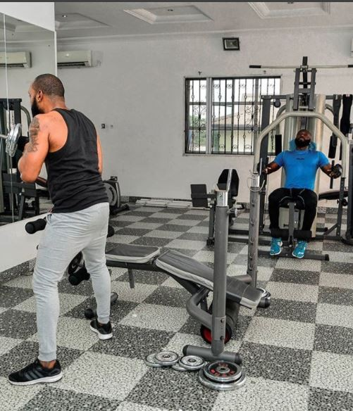 Body Goals: Kcee shares cool new photos at the gym