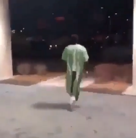 See hilarious moment a sick man ran out of the hospital to chase after his gilfriend who took his phone
