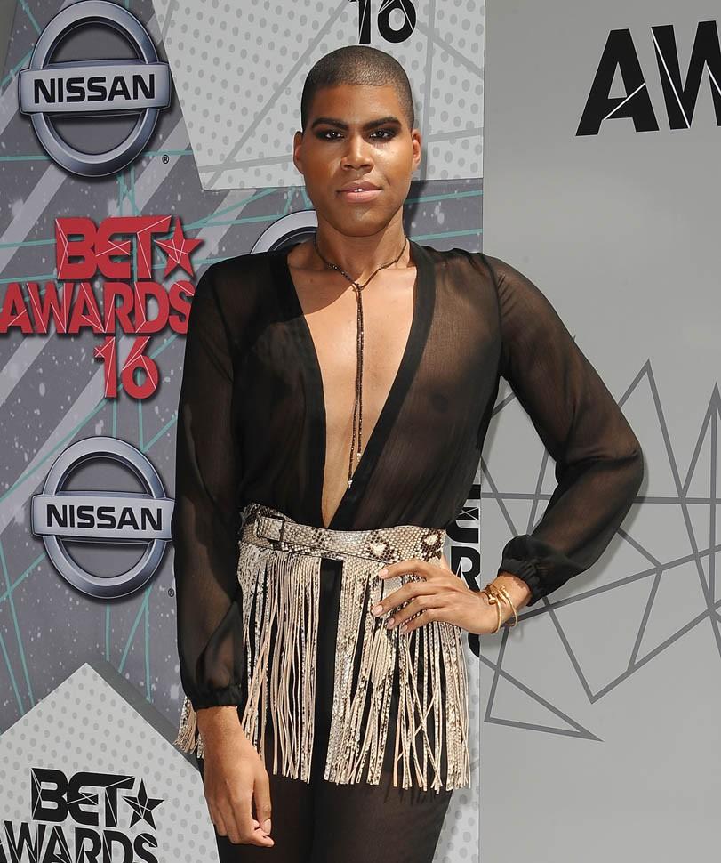 People think Tamar Braxton now looks like Magic Johnson